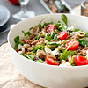 Салат с белой фасолью и тунцом